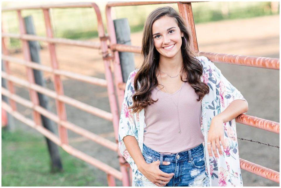 Farm senior picture ideas | Iowa Senior Photographer | CB Studio